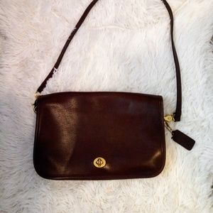 Brand new Vintage Coach Brown Leather Purse